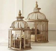 Primed4Design: Design Tip of the Week (12.19.10): Centerpiece Ideas for your Holiday Table Birdcage Christmas decor
