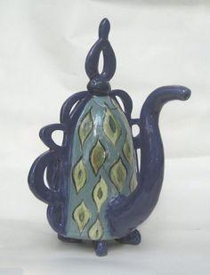 peacock teapot pottery