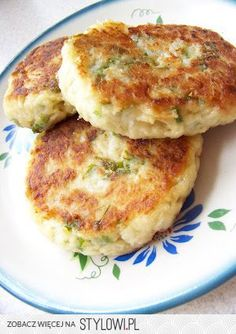 Cutlets with cauliflower Ingredients chops): . Vegan Recipes, Cooking Recipes, Good Food, Yummy Food, Low Carb Side Dishes, Quiche, Healthy Cooking, My Favorite Food, Vegetable Recipes