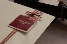 Diseño de invitaciones en color marsala