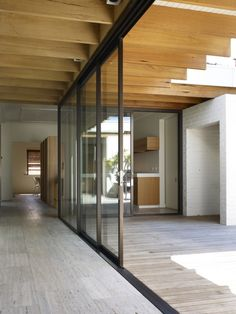 Black Frame Sliding Door - Hampton house - Kennedy Nolan architects