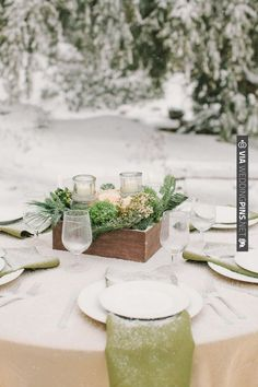 wintery tablescape | CHECK OUT MORE IDEAS AT WEDDINGPINS.NET | #wedding
