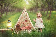 sweet memory garden love this. She has everything she needs for a lovely camping experience Photography Mini Sessions, Cute Photography, Toddler Photography, Summer Photography, Family Photography, Mini Photo, Camping Theme, Birthday Pictures, Inspiration