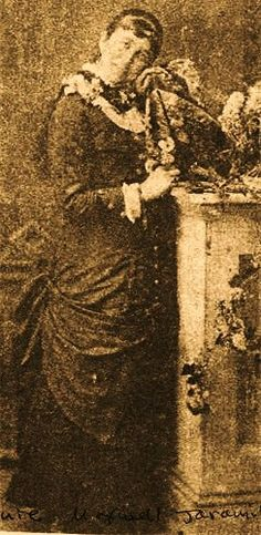 This may be a photo of Sofia Maxwell, a daughter of Lucian Maxwell and the sister of Paulita Maxwell. Billy The Kids, Old West, Family History, Photographs, Old Things, Daughter, Victorian, Album, Statue