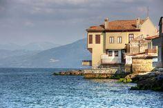 Nostalji köşemizde bugün; Mudanya Bursa 'nın güzelliklerini paylaşmaya devam edeceğiz.  Bizi takip edin. #bursa #nostalji #mudanya
