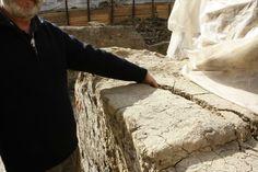 S-a prabusit prima bucata din zidul Moscheii Sultanului Biruitor, in Piața Sf. Gheorghe Sf, Mosque