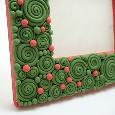 Swirls and beads picture frame by Clayin' Around, via Flickr