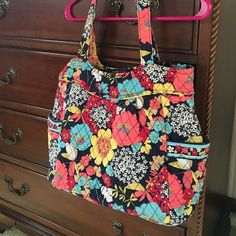 90d1689d312 Vera Bradley tote shoulder bag Like new condition! Used very little.  Beautiful retired print