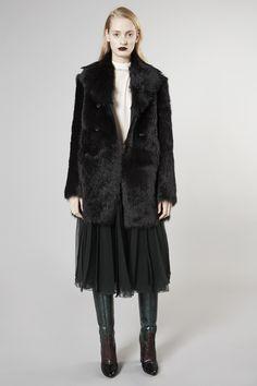 Défilé Rochas Pré-collections automne-hiver 2016-2017