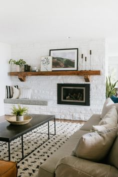 Modern Office Design, Modern Interior Design, Interior Design Inspiration, Living Room Designs, Living Spaces, Living Rooms, Lobby Interior, Cozy Room, Home Renovation