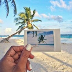 Polaroid on the beach ♡
