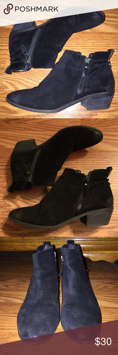 """Vince Camuto Black Suede Booties 🌼Black suede, zippers on both sides (only inside one is functional)                                                                                       🌼1.5"""" block heel                                                                      🌼Worn a few times but still in good used condition                                                            *Please ask any questions you may have before purchasing* 10% OFF 2+ ITEMS - USE THE """"ADD TO BUNDLE"""" FEATURE…"""