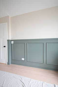 Want to add inexpensive molding to a blank wall? Here's a step-by-step tutorial to add chair rail and picture frame molding to your walls. Plus, we use budget-friendly products from Lowe's Home Improvement to get the job done! Picture Frame Molding, Picture Frames, Picture Frame Wainscoting, Wainscoting Wall, Dining Room Wainscoting, Wall Molding, Chair Rail Molding, Diy Molding, Blank Walls