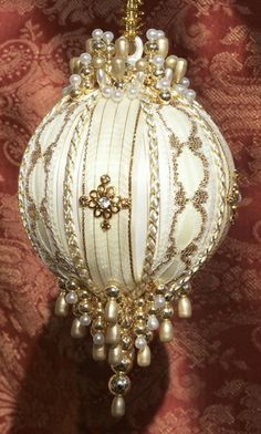 Gift Boxed Heirloom Ornaments - Ornamentia Line - 2011 White Dove Collection