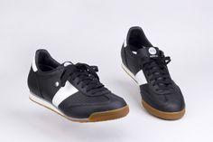BOTAS 66 Tofu Black Classic, Sneakers, Shoes, Black, Fashion, Boots, Tennis Sneakers, Sneaker, Zapatos