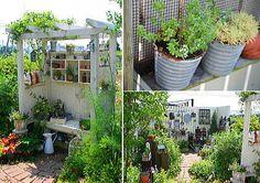 Love the seat Little Gardens, Small Gardens, Outdoor Gardens, Gravel Garden, Garden Plants, Container Gardening, Gardening Tips, Veggie Patch, White Fence
