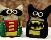 Sentiu ornamento da coruja Batman e Robin Coruja Coruja Definir traje do super-herói Decor