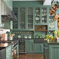 Inexpensive Green Kitchen Cabinets Design Ideas For Kitchen Interior 06 Shaker Style Kitchen Cabinets, Green Kitchen Cabinets, Shaker Style Kitchens, Kitchen Cabinet Styles, Cool Kitchens, White Cabinets, Kitchen Backsplash, Cream Cabinets, Kitchen Counters