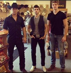 Restless Road..Hot country boys!!!