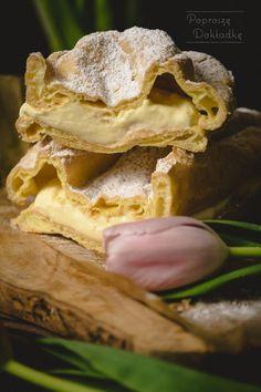 Karpatka - ciasto parzone przełożone kremem budyniowym Snack Recipes, Snacks, Chips, Food, Snack Mix Recipes, Appetizer Recipes, Appetizers, Potato Chip, Essen