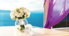 Romance unravels in one of the best honeymoon suites in Santorini belonging to Andronis Honeymoon Suites, where your love is no ordinary love. Honeymoon Suite, Best Honeymoon, Santorini, Glass Vase, Home Decor, Decoration Home, Room Decor, Interior Design, Home Interiors