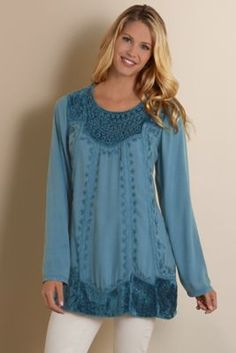 Call it vintage, or boho, or gypsy -- I don't care. I like what I like. I think this is beautiful.