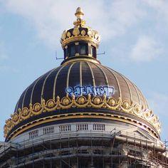Palais de justice de Bruxelles Graffiti, Sport, Belle Epoque, Urban Art, Taj Mahal, Street Art, City, Building, Places