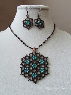laCY life: Autumn Blooming Tatted necklace and earrings