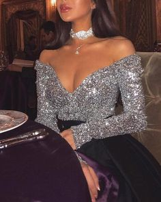 Sexy Off Shoulder Sequined Top - Sexy Off Shoulder Sequined Top Source by - Glamouröse Outfits, Cute Casual Outfits, Pretty Dresses, Beautiful Dresses, Evening Dresses, Prom Dresses, Sexy Dresses, Glitz And Glam, Look Fashion