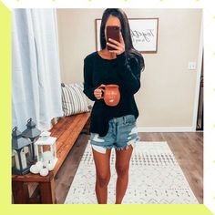 Michelle Emily Cardigan outfit cutoff shorts denim shorts outfit pullover mules mule slides postpartum fall home decor cozy Comfy. Spring Outfits Women Casual, Spring Fashion Casual, Fall Fashion Outfits, Mom Outfits, Simple Outfits, Short Outfits, Autumn Fashion, Casual Outfits, Mom Fashion