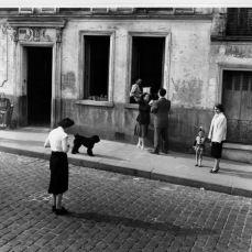 DOISNEAU Robert, Rue du Transvaal, Paris, photographie, 1953, ©www.robert-doisneau.com