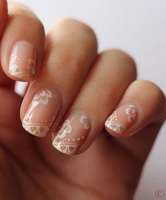 elegantes uñas...