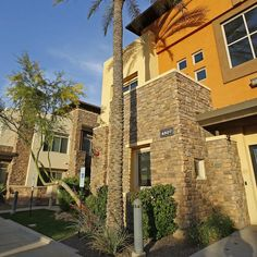 Phoenix Ranks #8 Among  Big Cities For Affordable Homes! Metro Phoenix's calling card to new residents has long been its affordable home prices. http://www.azcentral.com/story/money/real-estate/catherine-reagor/2015/09/03/phoenix-ranks-top-10-affordable-homes/71609686/