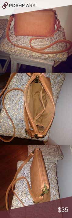 Bass Crossbody Matching tote & purse for sale too!!! Genuine leather. Three pockets inside and one of them is a zipper pocket. The entire bag zips as well. Mint condition, gently used about 3 times. Reasonable offers considered, questions welcome  WILL SELL FOR LESS ON Ⓜ️ercari! Bass Bags Crossbody Bags