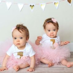 First Birthday Outfit Girl Girl Bday Outfit First Bday Peppa Pig Birthday Outfit, First Birthday Outfit Girl, Pink Birthday, Flores Shabby Chic, Color Rosa Claro, Caber, Pink Tutu, First Birthdays, Ballerinas