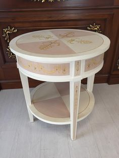 Classic round side table inlay in lemon wood, maple and beech wood