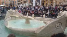 De Barcaccia-fontein bij de Spaanse trappen.