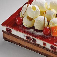 Mini Desserts, Just Desserts, Delicious Desserts, Cake Recipes, Dessert Recipes, Pastry School, Kolaci I Torte, Pastry Art, Baking And Pastry