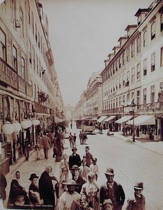 Lisbon Rua (street) Augusta in 1890 by Louis Levy Old Pictures, Old Photos, Hotel Internacional, History Of Portugal, Places In Portugal, Most Beautiful Cities, Around The Worlds, Street View, City