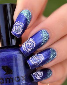 Dạy vẽ móng hoa hồng bằng cọ: http://hocviennail.com/day-ve-mong-hoa-hong-cach-dieu-bang-cac-loai-co.html