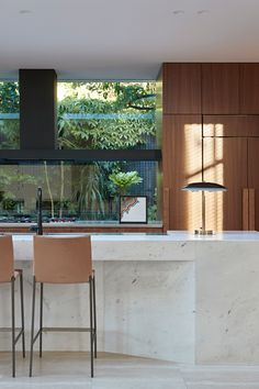 New Modern by Bower Architecture - Heritage Design in a Modernist Home - The Local Project - Bower Architecture extends the idea of heritage into the with New Modern, a renovation and ex - Kitchen Interior, Kitchen Decor, Kitchen Ideas, Küchen Design, House Design, Design Hotel Paris, Diy Casa, Mid Century Modern Kitchen, Mid Century Kitchens