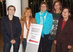 Dr. Karin Windt (webgewandt Berlin, Referentin), Karin Boerboom (Gleichstellungsbeauftragte Landkreis Landshut), Hochschulfrauenbeauftragte Prof. Dr. Gudrun Schiedermeier, Prof. Dr.   Barbara Thiessen  (Frauenbeauftragte Fakultät Soziale Arbeit) und Margarete Paintner (Gleichstellungsbeauftragte Stadt Landshut).