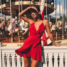 red, dress, and fashion image – Fashion // Summer Outfits Fashion // Summer Outfits / rot, kleid und mode bild Glamouröse Outfits, Spring Outfits, Fashion Outfits, Womens Fashion, Fashion Clothes, Red Clothing, Clothing Sites, No Clothes, Couture Summer Outfits
