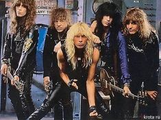 Kix rock band lead singer, Steve Whiteman, from West Virginia. Body Talk in 1983 & Don't Close Your Eyes in 1988 are my favs 80s Metal Bands, 80s Hair Metal, 80s Rock Bands, Hair Metal Bands, 80s Hair Bands, Glam Metal, 80s Music, Rock Music, Hard Rock