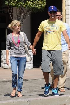 Reese Witherspoon and Jim Toths sushi lunch