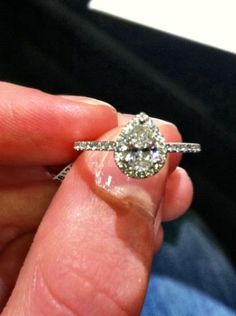1000 Images About Pear Shaped Engagement Rings On