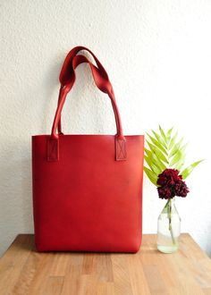 Personalised Simple Leather Tote Bag / Leather by TreibholzDesigns