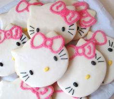 Hello Kitty Cookies Photo: This Photo was uploaded by claire_esther. Find other Hello Kitty Cookies pictures and photos or upload your own with Photobuc. Cupcakes, Cupcake Cookies, Sugar Cookies, Cookie Icing, Galletas Cookies, Cute Cookies, Dog Cookies, Sweet Cookies, Yummy Treats