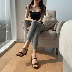 Korean Casual Outfits, Korean Outfit Street Styles, Edgy Outfits, Cute Casual Outfits, Simple Outfits, Pretty Outfits, Korean Girl Fashion, Korean Fashion Trends, Ulzzang Fashion