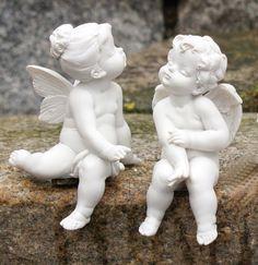 Angel Garden Statues, Garden Angels, Tatoo Neck, Sculpture Art, Sculptures, Garden Sculpture, Greek Statues, Ange Demon, Angel Pictures
